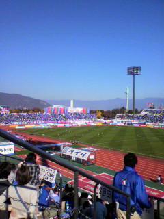 今日はサッカー観戦。