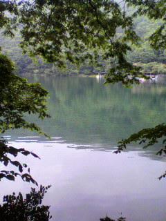 地元の湖。