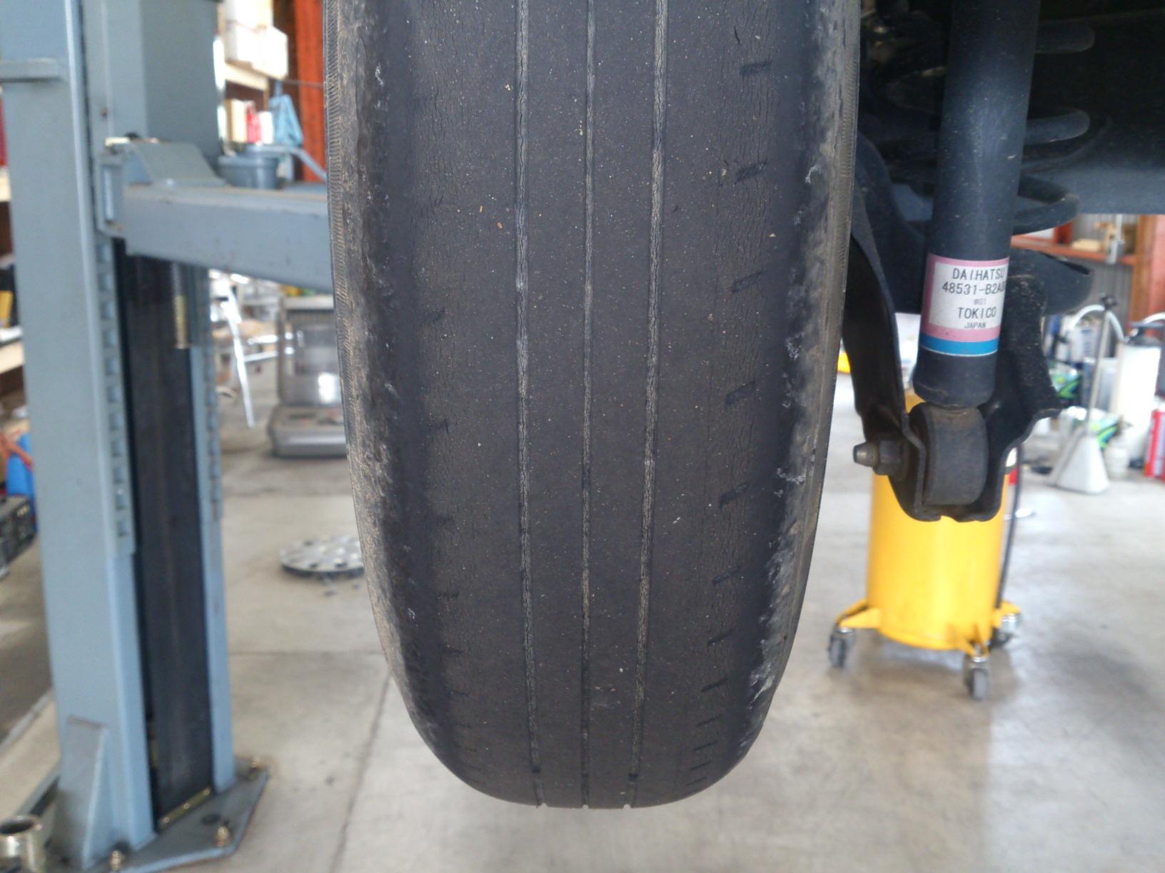 タントオイル&タイヤ交換。